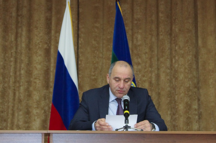 Рашид Темрезов провел выездное совместное заседание Антитеррористической комиссии и Оперативного штаба в Карачаево-Черкесской республике