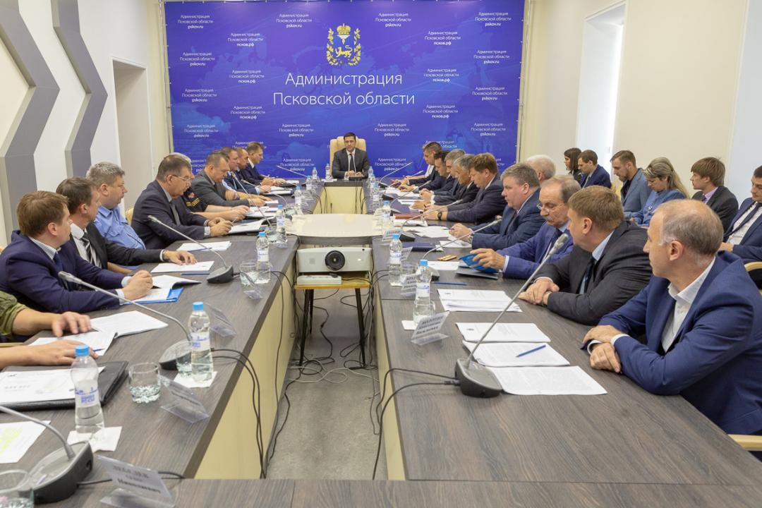 Обеспечение безопасности в День знаний и Единый день голосования обсудили на заседании областной антитеррористической комиссии