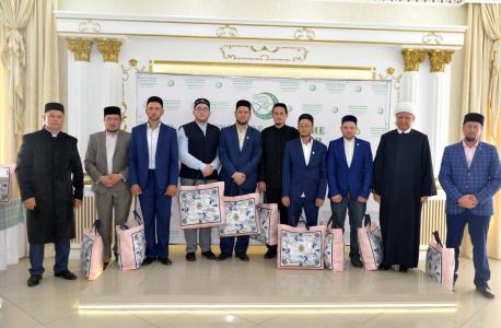 Представители исламского духовенства - частники семинара.