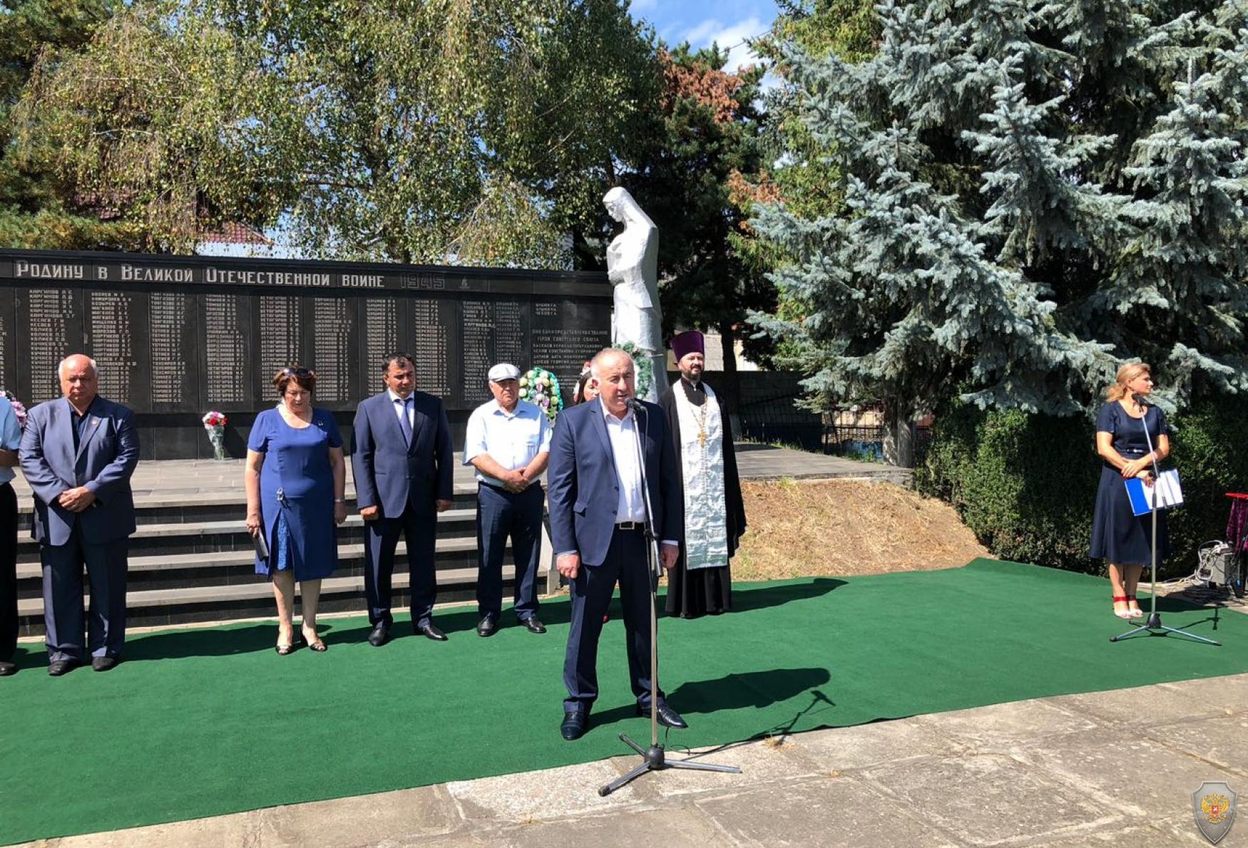 Глава Карачаево-Черкесской Республики выразил соболезнования народу Северной Осетии-Алании в связи с 14-ой годовщиной теракта в Беслане